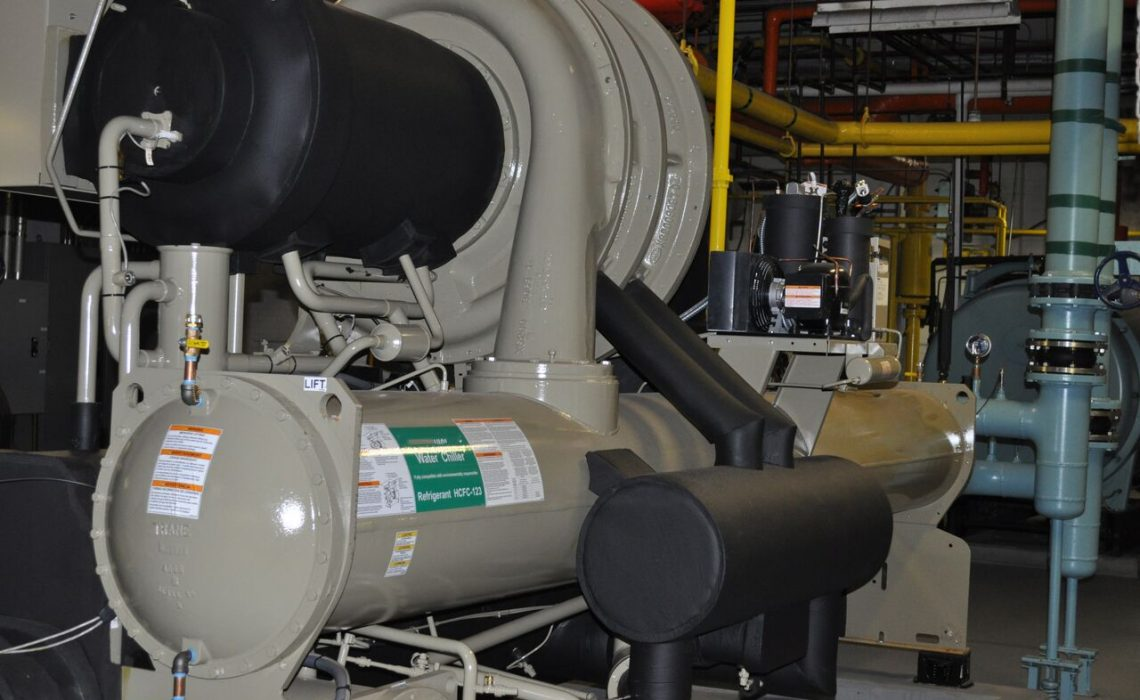 Refrigeration industrial service; its importance: