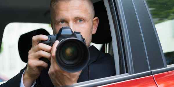What is the main job of private investigators Read here
