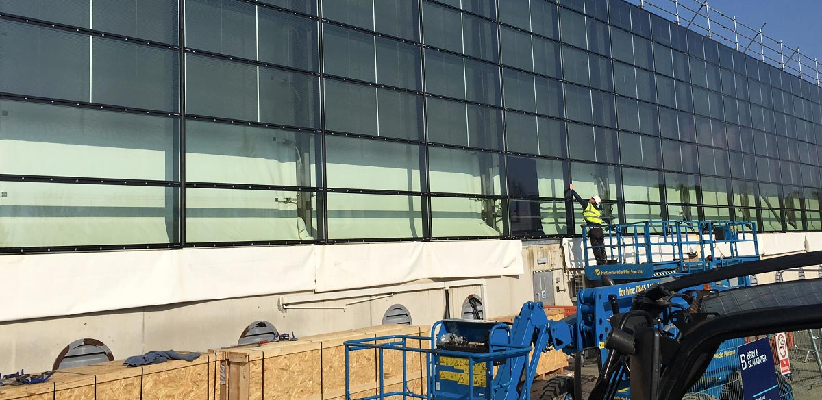 Installing Commercial Glazing