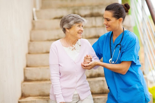 Types of career in the aged care courses