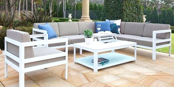 Have Elegant Fittings in the Outdoor Space and Change Your Lifestyle